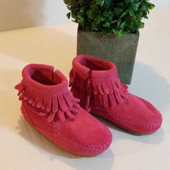 Minnetonka Other - Toddler Pink Mocs